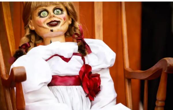 A-boneca-Annabelle-escapou-do-Museu-Warren